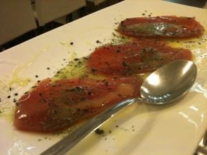 Martinelli's - Carpaccio di tonno al sale nero