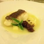 Taras - Filetto di dentice con paté d'olive e zuppetta di patate