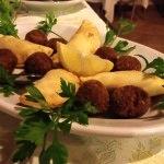 Plammas - Raviolini ripieni di seppia fritti e polpette di tonno