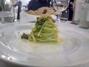 Josto - Spaghettoni zucchine menta bottarga
